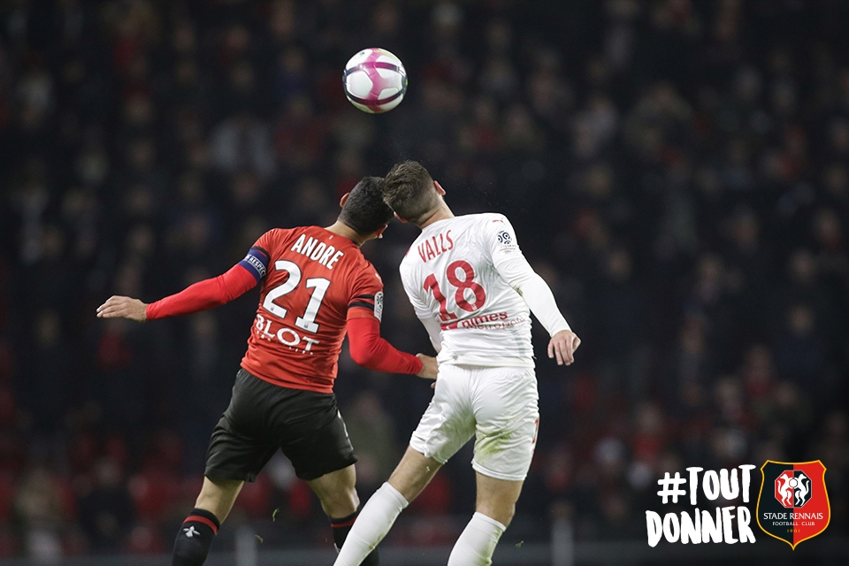 27EME JOURNÉE DE LIGUE 1 CONFORAMA : NO - SRFC - Page 3 221218rennes.nimes85_copie